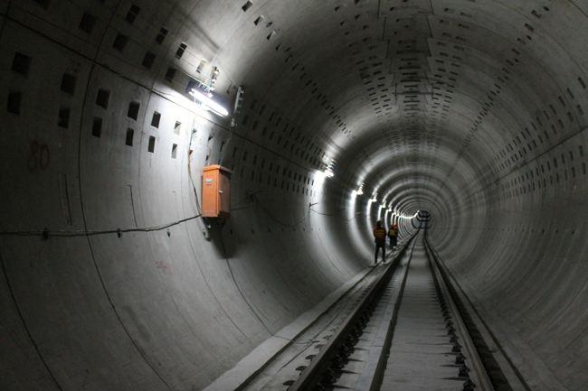 地铁隧道及煤矿巷道形变监测系统